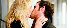 i swear on emma swan; Captain Swan, Captain Hook, Bellarke, Colin O'donoghue, Emma Swan, Delena, Ouat, Malec, Romantic Kiss Gif