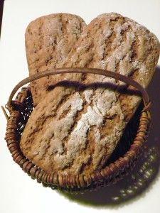 A la recherche du pain qui rassasie ? Le voila ! A la recherche du pain pour vos journées sans compter ? Le voila !! A la recherche d'un bon pain qui comble vos envies de maigrir ? Le voila !! Vous voulez ma recette ? C'est au thermomix mais elle peut...