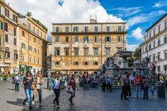 Piazza Santa Maria in Trastevere, Roma.