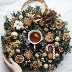 Christmas Medley, Christmas Mood, Christmas Is Coming, Christmas And New Year, Christmas Wreaths, Christmas Decorations, Xmas, Holiday Decor, Christmas Flatlay