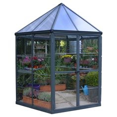 Do you want a greenhouse in a pavilion style? The Palram Oasis is a hexagonal greenhouse that could be the future eyecatcher in your garden! Lean To Greenhouse, Outdoor Greenhouse, Greenhouse Fabrics, Cheap Greenhouse, Greenhouse Wedding, Greenhouse Plans, Homemade Greenhouse, Portable Greenhouse, Pallet Greenhouse