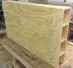Diy Storage Headboard, Bed Headboard Design, Headboard With Shelves, Headboards For Beds, Bed Design, Headboard Ideas, Bed Storage, Design Bedroom, Bois Diy
