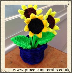 pipe cleaner sunflower pot. explanations available on the site. tutorial is here http://youtu.be/OSBGElrD_6g