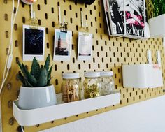 How to use your Ikea Pegboard as Decoration | Vision Board #interiordesig #decoratio #visionboar #newblogpost #linkinbio I'm a truly Interior and Ikea lover and as soon as I saw the Skådis Pegboard from Ikea at a German YouTuber I instantly knew that I need to get one of those. http://www.hej-beauty.com