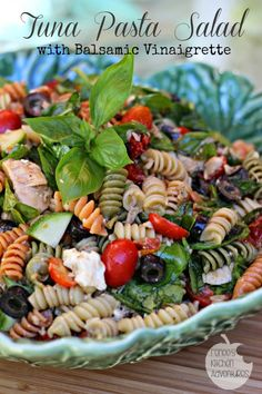 Tuna Pasta Salad with Balsamic Vinaigrette: healthful and delicious! #salad #pasta #tuna