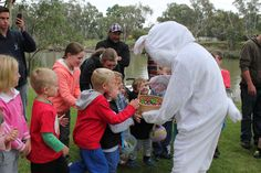 A multiple award winning resort style caravan park located on the banks of the Edward River. Easter 2014, Holiday Park, Easter Celebration, Resort Style, Easter Eggs, Activities For Kids, Have Fun, Scenery, Celebrations