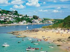 Seaside town in England    Salcombe, Devon    Discover the charms of this seaside town in England, the South Hams overlooking  the beautiful Kingsbridge Estuary on your weekend getaway