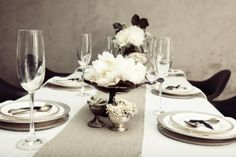 black and white burlap banquet   black, white, burlap. lovely dinner party.   For the Home