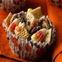 Halloween Chex Mix --perfect for a Halloween party!