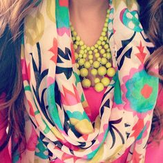 Colorful scarf & neon necklace