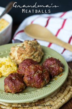 Grandma's Meatballs {Tastes of Lizzy T}  Quick and easy! http://www.tastesoflizzyt.com/2014/01/24/grandmas-meatballs/