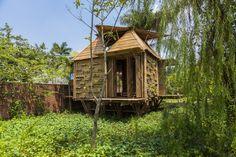 Casas flutuantes de bambu impedem inundações no Vietnã