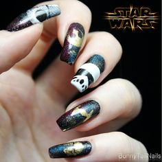 BunnyTailNails: That's No Moon!