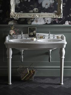 This Heritage Victoria double console basin looks truly elegant #consolebasin #doublebasin #tecaztrends #periodbathroom #bathroomdesign