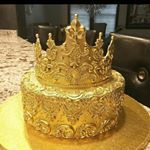 A Crown cake. Pretty Cakes, Cute Cakes, Beautiful Cakes, Amazing Cakes, Birthday Goals, 18th Birthday Party, Birthday Celebration, Queen Birthday, Birthday Cake Crown