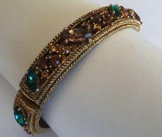 Sign CAPRI Vintage Bracelet Bangle Clamper Glass Rhinestone Flower Gold Tone 373
