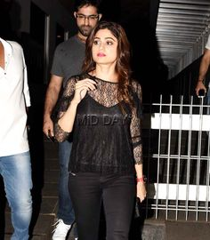 Photos: Arjun Rampal and Shamita Shetty party with friends - Entertainment  #bollywoodphotos #bollywoodmovies #bollywoodinstant #bollywoodfashion #poser #candid  #bollywoodactors #bollywoodactress #shamitashetty