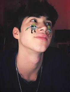 Beautiful Boys, Pretty Boys, Cute Boys, Blue Wallpaper Iphone, Tumblr Boys, Asian Boys, Handsome Boys, Boy Fashion, Leo