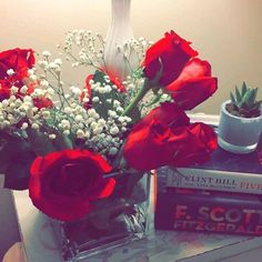 Teaching 4 year old isn't easy, but it makes it worth while when they bring in flowers. Makes you remember how much they do love you and to keep being patient!  #daymade #teacher #teachersfollowteachers #teacherlife #butliterally #lifestyleblogger #lifeisbeautiful #lifestyle #bloggers #followback #followforfollow #follow4follow #motivation