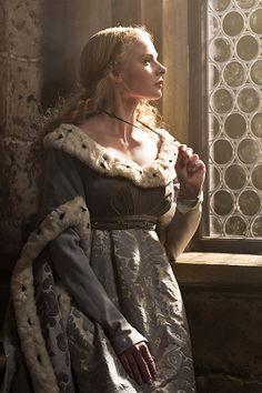 The White Queen | Rebecca Ferguson as Elizabeth Woodville