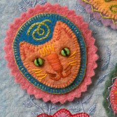 Great Tutorial for Felt Cat Pin.  Makes it Look Very Easy !!  :)