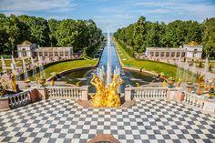Entdeckt die Schönheit der faszinierenden Stadt #SanktPetersburg und verbringt angenehme Tage im 3-Sterne LDM #Hotel Leningradsky Dvorets Molodezh. Doppelzimmer inkl. Frühstück für nur 41,60€ statt 83,20€!