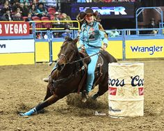 2016 NFR Barrel Racing Round 2 Winners Kimmie Wall and Foxy Barrel Racing Quotes, Barrel Racing Tips, Barrel Racing Horses, Barrel Horse, Horse Barns, Horse Tack, Horse Stalls, Woman Riding Horse, Horse Training