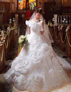 Dathybridal #ウェディングドレス ボールガウン ワンショルダー フリル サテン レースアップ ロイヤル 花嫁 #二次会ドレス フラワー Hmw0021