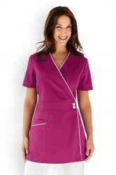 blouse cache-coeur Beauty Salon Uniform Ideas, Scrubs Pattern, Stylish Scrubs, Scrubs Outfit, Medical Uniforms, Latest African Fashion Dresses, Nursing Clothes, Nurse Costume, Clothing Patterns
