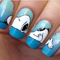 SNOOPY NAILS Anyone out there, are you talented to do this to my nails? Crazy Nail Art, Crazy Nails, Cute Nail Art, Love Nails, Pretty Nails, Fun Nails, Dog Nail Art, Nail Art Animals, Animal Nail Designs