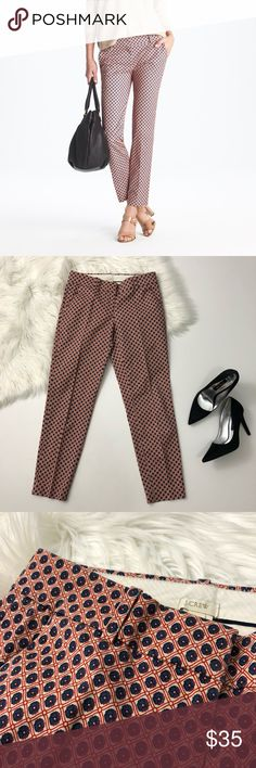 """[J. Crew] Cafe Capri in Foulard Print Dress Pant [J. Crew] Cafe Capri in Foulard Print Dress Pant  Condition: Excellent, like new.  Sizing and fit: Tapered Capri crop pant sits at hips. Size 00. Inseam 26"""" • Rise 7.5"""" • Waist 26"""" • Leg opening 5.5""""  Item 71680  ✨Reasonable offers considered. Feel free to check out my closet to save on bundles ✨ J. Crew Pants Capris"""