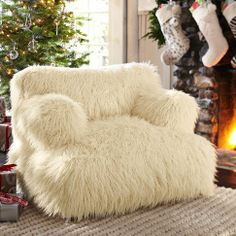 To sink into this Furlicious Eco Lounger by the fireplace with a good book...
