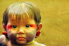 Aboriginal and Tribal Nation News We Are The World, People Around The World, Cute Kids, Cute Babies, Brazil People, Martial, Bless The Child, Arte Tribal, Indigenous Tribes