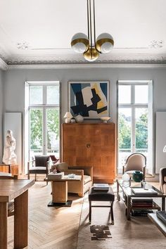 Living Room Windows - Maximising light and space was key to decorating this post-war Pimlico flat - real homes on HOUSE by House & Garden.