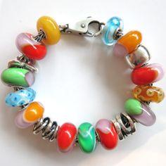 The KISS (keep it simple, silly) Trollbeads bracelet design by Tartooful.