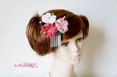Bira Bira Tsumami Kanzashi Cherry Blossom Flower Bridal Hair Comb Wedding Accessories by wonderfulkanzashi