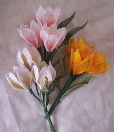 """Crocus 3D Flower<BR>6.81"""" x 4.53"""""""