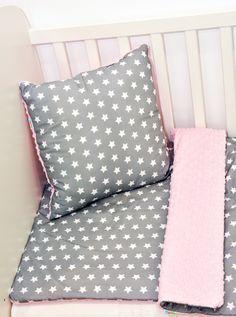 """Kolekcja """"Gwiazdki"""" wykonana z najwyższej jakości bawełny premium oraz oryginalnego minky Shannon Fabrics."""