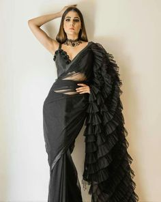 Ruffle Saree Style is the Hottest Trend of this Season 2018 - - Ruffle saree is a traditional saree style with a twist are the major attraction for the Bollywood actresses. Trendy Sarees, Stylish Sarees, Saree Draping Styles, Saree Styles, Drape Sarees, Saree Blouse Patterns, Saree Blouse Designs, Anarkali, Churidar