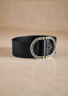 85€ Crocodile, Transport Routier, Fashion Belts, Brass Buckle, Parisian Style, Girl Gifts, Smooth Leather, Antique Gold, Studs