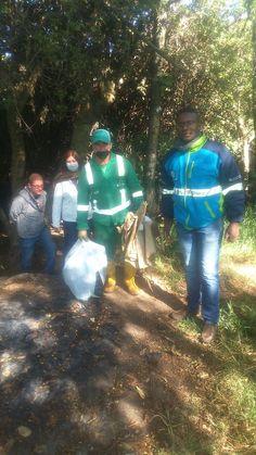 Operativo Juan Amarillo Así trabaja Aguas de Bogotá SA ESP la empresa del posconflicto. En coordinación con la alcaldía local de Suba, y la Policía Nacional, se adelanta un operativo de recolección de residuos en un brazo del humedal Juan Amarillo que se ha convertido en punto crítico debido a la indisciplina ciudadana y la presencia de habitantes de calle.