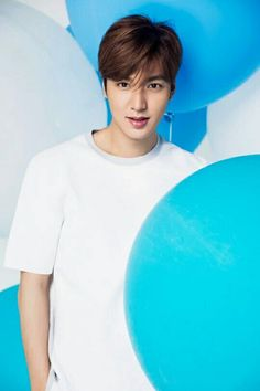 Promiz, a fundraising platform designed by actor Lee Min-ho, has won the Korea Good Brand Awards, Lee's agency MYM Entertainment said Thursday.Founded in June Promiz has come up with . Boys Before Flowers, Boys Over Flowers, So Ji Sub, Asian Actors, Korean Actors, Korean Guys, Korean Dramas, Minho, Jun Matsumoto