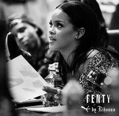 #Rihanna presenta en NYFW su colección otoño invierno 2016 Fenty Puma by Rihanna. ¿Quieres saber más?  #Modalia | http://www.modalia.es/celebrities/10348-puma-rihanna-nyfw.html  #rihanna #puma #nyfw