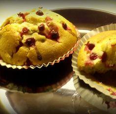 Ríbezľové muffinky Breakfast, Food, Basket, Morning Coffee, Essen, Meals, Yemek, Eten