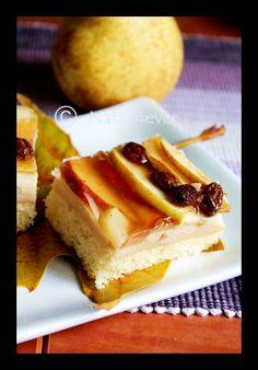 Custard fruit fall cake