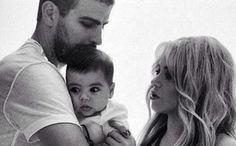 Piqué desmiente los planes de boda con Shakira