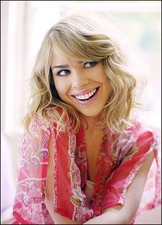 Billie Piper Looks Amazing here!As In Every photo! Hottest Female Celebrities, Celebs, Doctor Who Companions, Teresa Palmer, Billie Piper, Beautiful People, Beautiful Women, English Actresses, Elizabeth Olsen