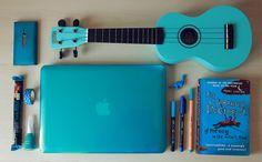 PRESENTACIÓN - Mis cosas favoritas son azules por Alexandra Cabrer
