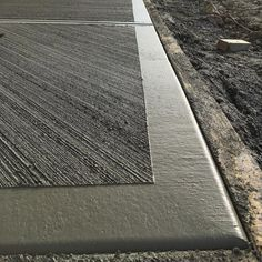 Concrete Formwork, Concrete Driveways, Concrete Floors, Outdoor Pool Shower, Concrete Patio Designs, Casa Patio, Concrete Finishes, Driveway Design, House Extension Design
