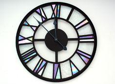 http://mariabarber-glassart.co.uk/Clocks